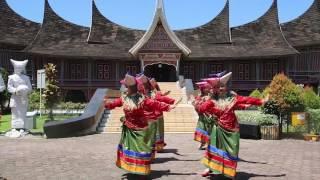 Video Tari Kreasi Maumere BBPOM di Padang download MP3, 3GP, MP4, WEBM, AVI, FLV September 2018