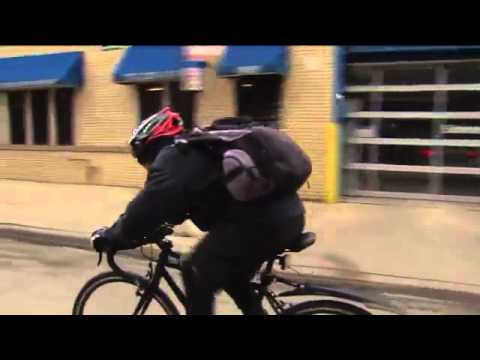 Amazing Chicago man bikes 20 miles