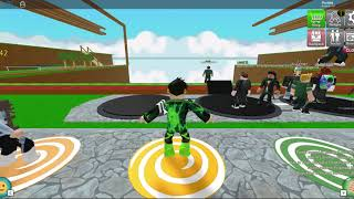 Playing the Magnificent Ripull Minigames on Roblox viewing my friend!!!