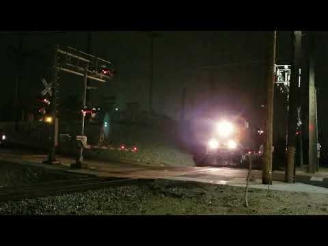 BNSF Railway cement train on River Subdivision in Shrewsbury, MO