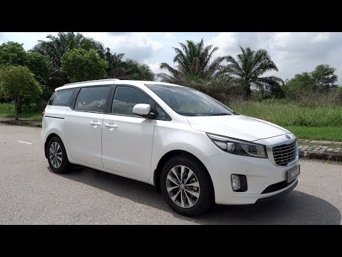 2017 Kia Grand Carnival 2.2 CRDi EX Start-Up and Full Vehicle Tour