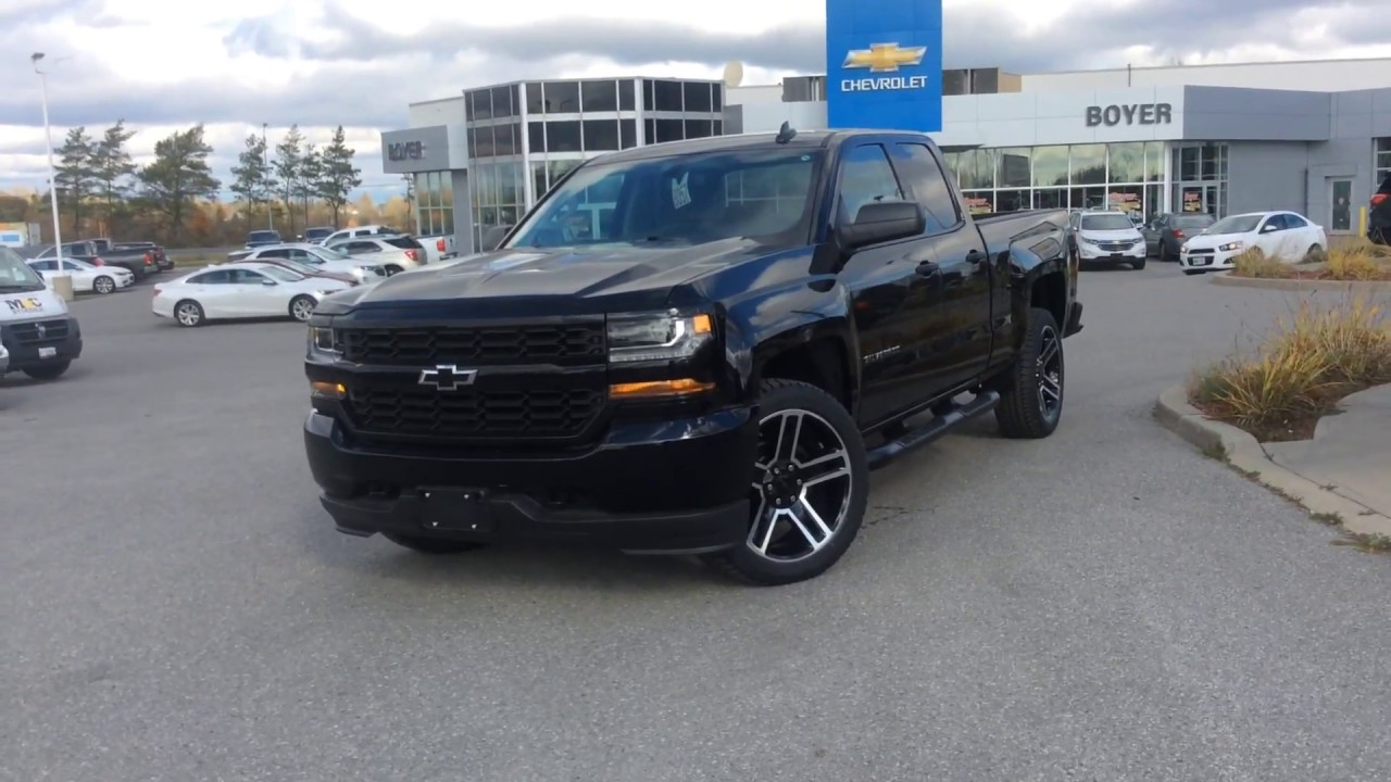 Blackout Chevy Silverado >> 2018 Chevrolet Silverado Custom Blacked Out Edition At Boyer