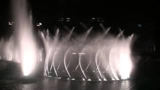 Burj Khalifa - Dubai Mall Water Show Fountain
