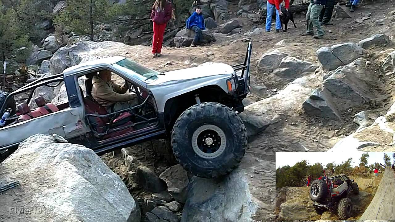 Toyota Rock Crawler Motors Up The Huge Exit Carnage