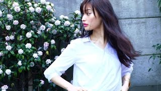 """ノンノ6月号""""絢のドキッとする白シャツ""""では、定番で万能な白シャツを..."""