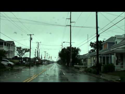 ** Hurricane Irene in HD! Landfall in Morehead City, NC.  100mph winds and video inside the eye!