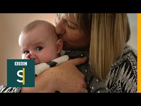 The single mum who can't afford to work - BBC Stories