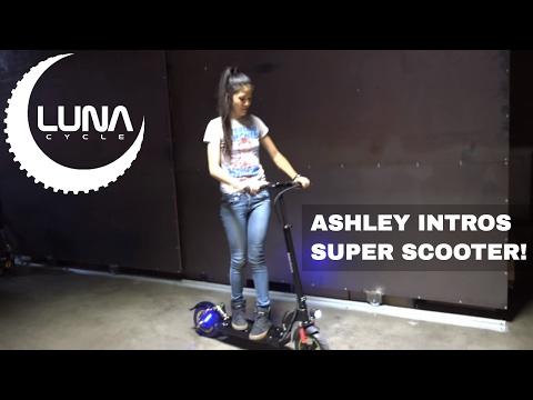 Luna Super Electric Scooter 30mph 30 mile range