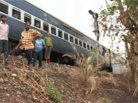 JSGLIVE.IN - TRAIN ACCIDENT AVERTED ON BANGALORE - GUWAHATI EXPRESS (12509) DT. 2nd JUNE'12