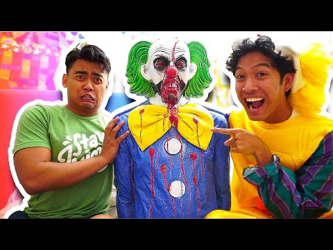 Thumbnail: SCARY KILLER CLOWN PRANK!!!!