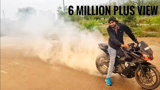 Pulsar Rs 200 pulsar 220 and R15 stunt video
