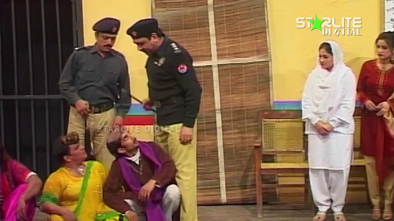Sohail Ahmed and Amanat Chan New Pakistani Stage Drama  Kali Chader  Full Comedy Clip | Pk Mast