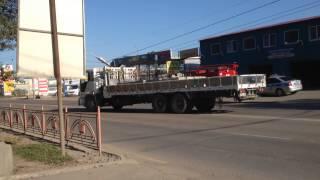 Снес столб. Иркутск 2014 баррикад, авто мойка