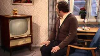 Fleksnes Fataliteter - S02E01 - Beklager, teknisk feil! - 1974 - Del 1/2