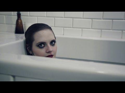 Kate Davis - rbbts (Official Video)