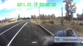 В Тверской области водитель иномарки уснул за рулем и врезался в КАмаЗ