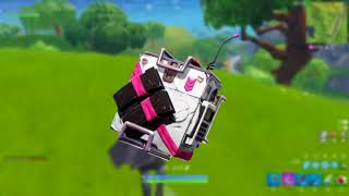 **LEAKED** CRAZY NEW SEASON 5 BACKPACKS WEAPONS and TRAPS!!!   Fortnite Best Moments and News!