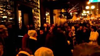 Carol Brunettes At Figgy Pudding Christmas Carols