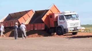 Relleno del Terreno para la Construcción de 22 Viviendas del Programa Federal de Viviendas.