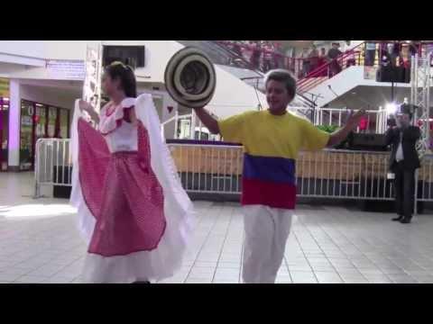 05/25/13 - Tayronitas Performance at Union Mall (Langley Park, MD)