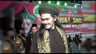 Video An Nabi Shollu'Alaih | Mafia Sholawat - Gus Ali - Semut Ireng download MP3, 3GP, MP4, WEBM, AVI, FLV Agustus 2018