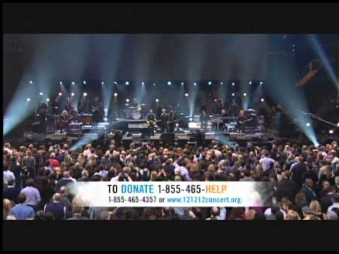 Bruce Springsteen + Jon Bon Jovi = Born to Run 12.12.12 Sandy Relief Concert