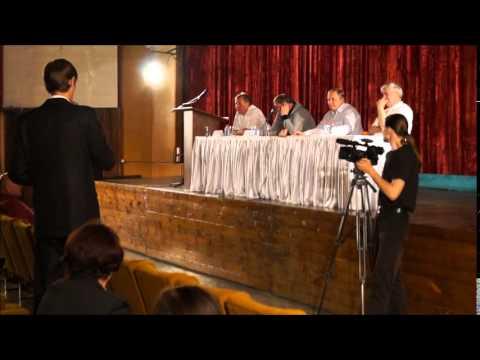 Охрана мэра Сочи Пахомова затыкает рот Михаилу Винюкову 21.05.14 Сочи (Лазаревское)