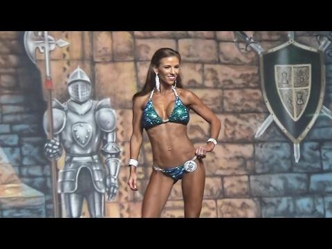⭐️NPC Bikini Jennifer Draper on stage