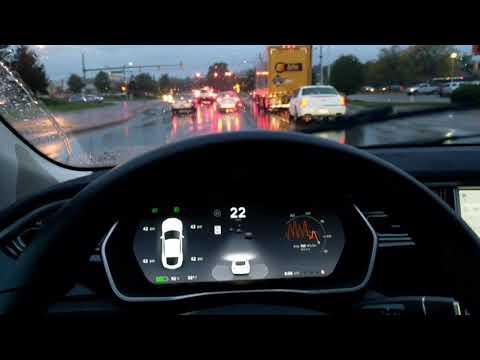 More low visibility driving with tesla autopilot AP1