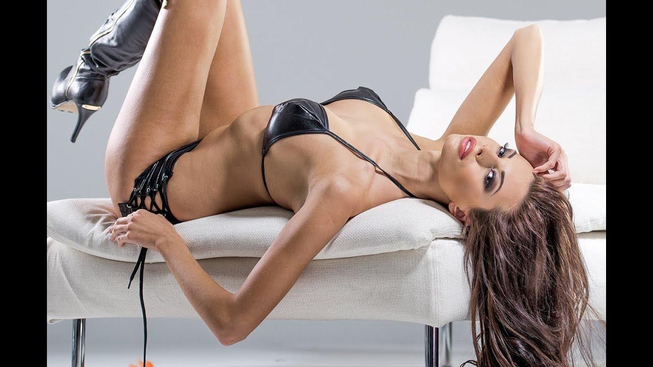 Slutty girl oiled up massage