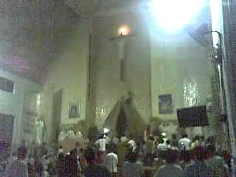 thánh giá Chúa bị cháy tại nhà thờ Bùi Thái 001