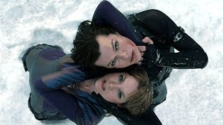 Resident Evil: Retribution [Alice vs Jill FIGHT SCENE]