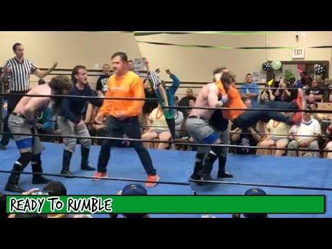 David Arquette Makes InRing Return at Wrestling Event
