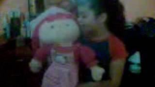 La muñeca se mueve.3gp