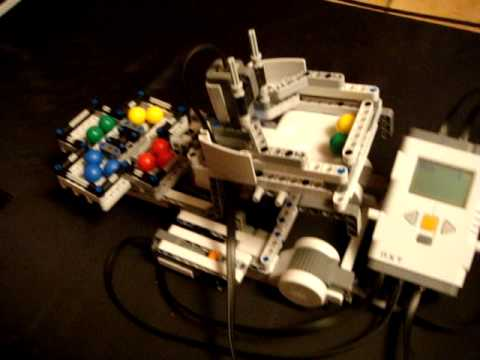 Lego Mindstorms NXT 2.0 Color Ball Sorting Robot