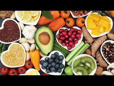 Fruitarianism: 3 Things You Need to Know About the New Diet Fad