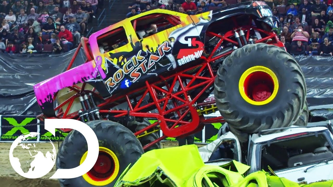 Build A Truck >> How To Build A Monster Truck How To Build Everything