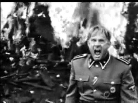 Амон Гёт отдает приказ убить...Список Шиндлера(фильм 1993)из YouTube · С высокой четкостью · Длительность: 1 мин51 с  · Просмотры: более 4000 · отправлено: 02.08.2017 · кем отправлено: Moment Surka