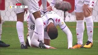 PA左を粘り強く崩してボールをつなぎ、最後はゴール前でジェイ (札幌...