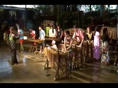 BSBI 2013 Art and Culture Scholarship Indonesia Angklung Performance  YouTube