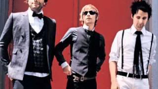 MUSE -  Pink Ego Box / Instant Messenger (lyrics y subtitulos en español)