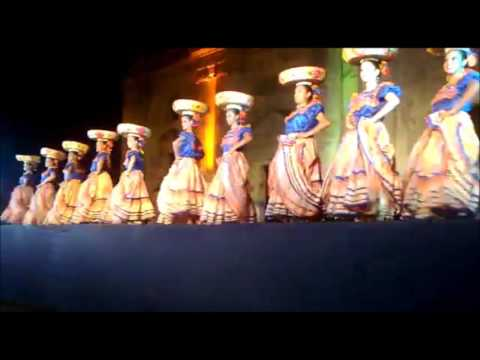 NICARAGUA  Colorful Traditions
