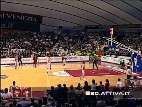 Alvin Young - Reyer Venezia contro Imola 39 punti