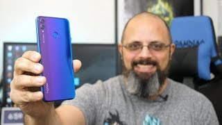Hands On With The Brand New Huawei Honor New Color The Phantom Blue 8X CES 2019