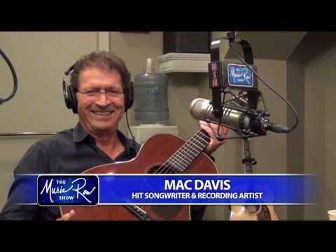 Mac Davis - Texas in My Rearview Mirror / Hard to Be Humble