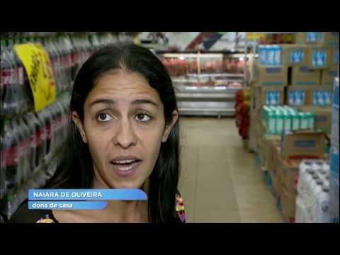 Produtores de leite mantêm preço alto em Goiás