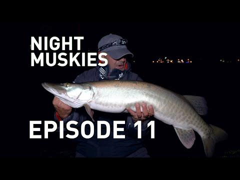 Nighttime Muskie ACTION In Green Bay, Wisconsin (Episode 11)