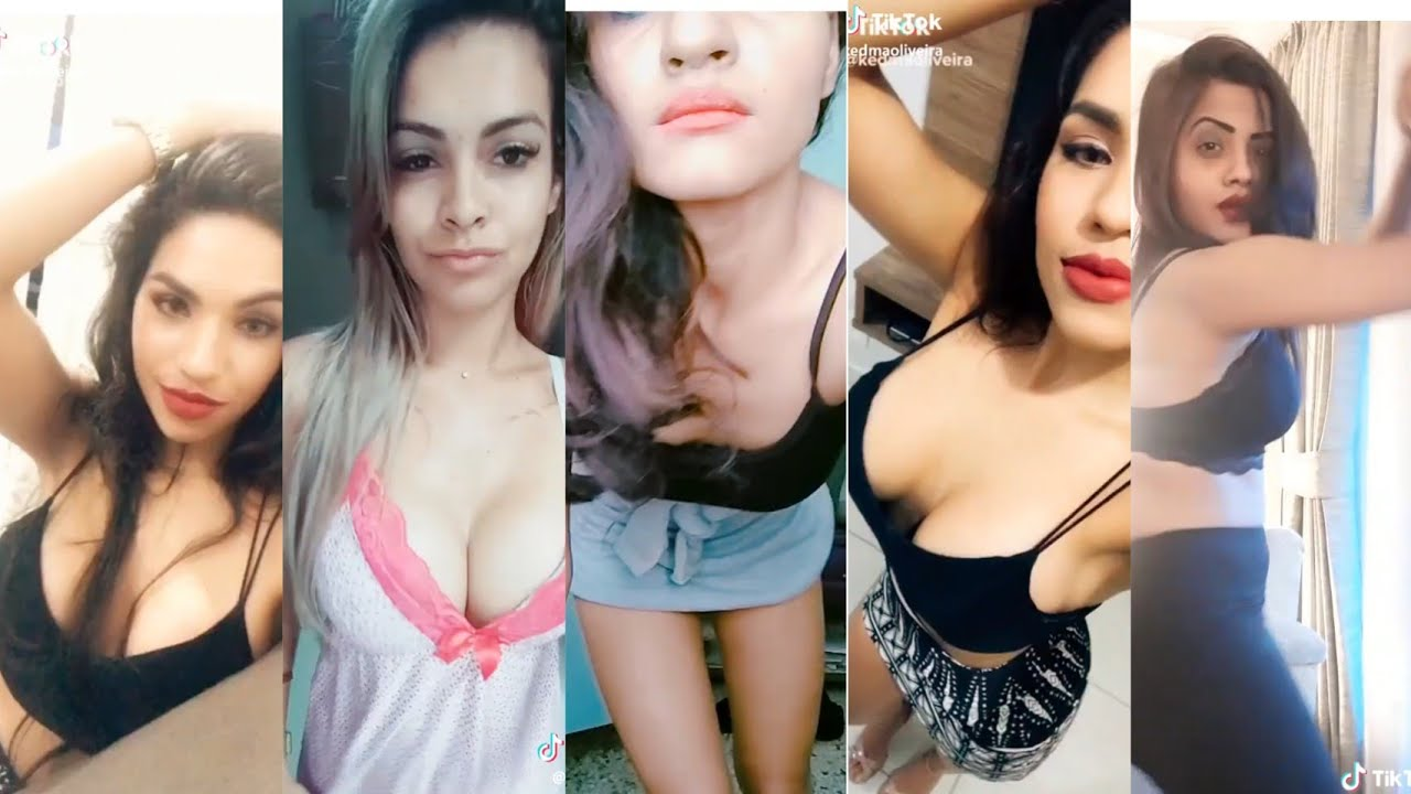 sexy hot girls with boobs showing