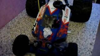 buggy thermique 1/8 rex-e ,rc,a grosse roue,moteur 4.1,force 28 de chez delta