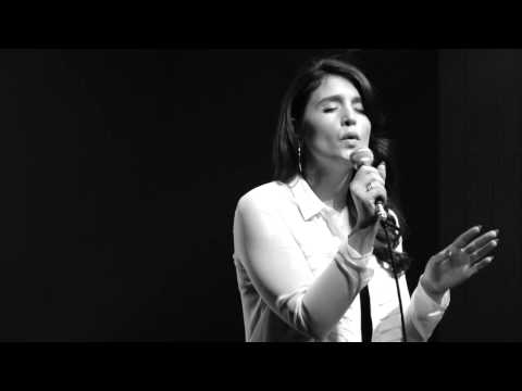 Jessie Ware - Wildest Moments (Acoustic at MTV Artist To Watch)